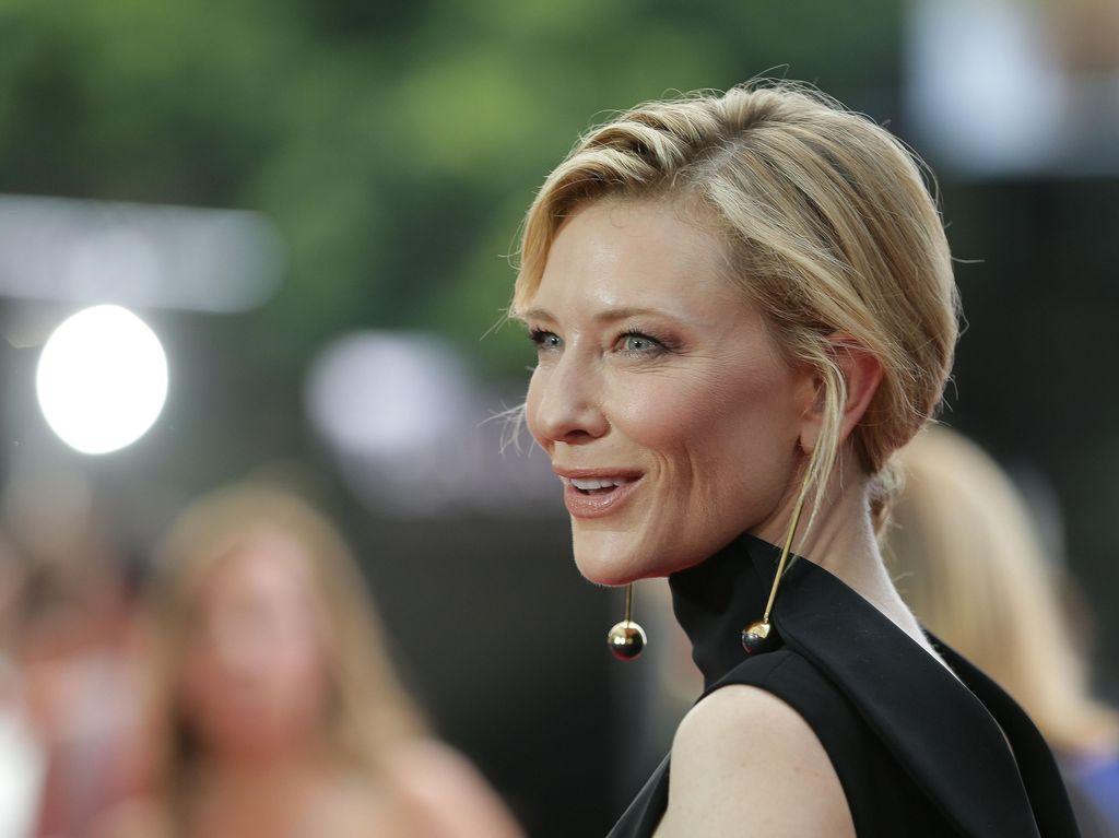 Cate Blanchett Ingin Disebut Aktor, Label Aktris Dianggap Rendah