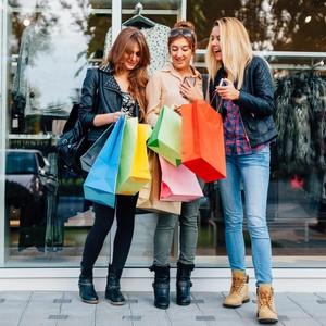 Selain Usir Stres, Belanja Barang Bikin Orang Merasa Bahagia Lebih Lama