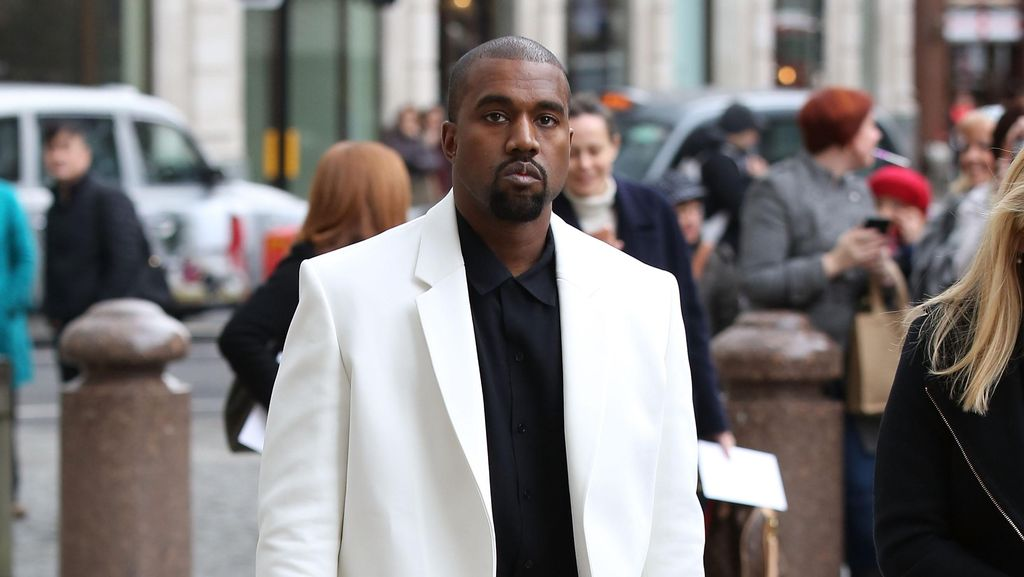 Kanye West Dinobatkan Sebagai Pria Paling Stylish 2015