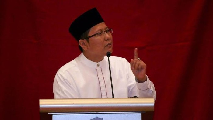Kyai Cholil Nafis