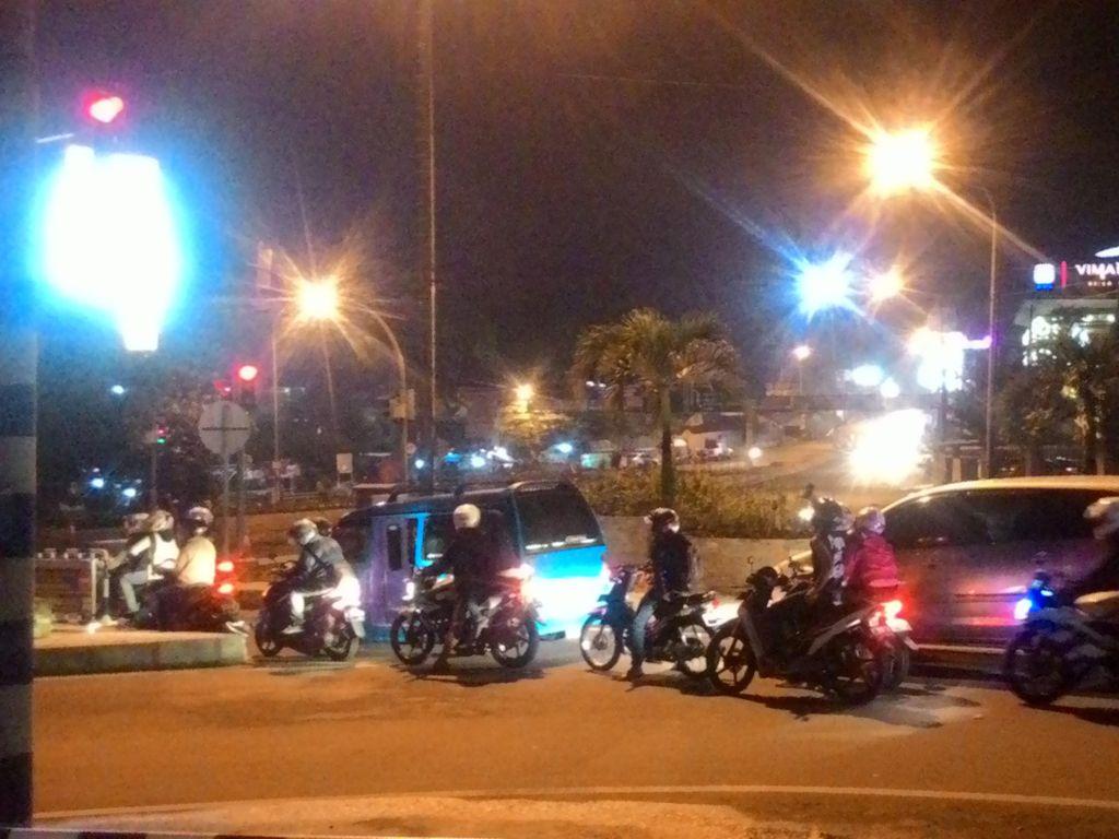 Kepadatan Lalin di Simpang Gadog Mencair Menjelang Malam
