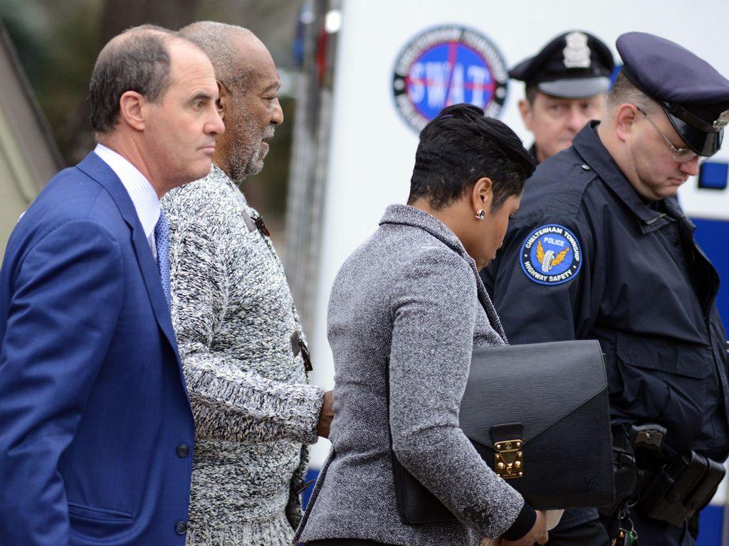 Saksi Beratkan Bill Cosby di Sidang Pertama Kasus Pencabulan