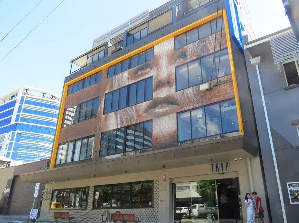 Wow! Hotel Unik di Brisbane, Seperti Galeri Seni