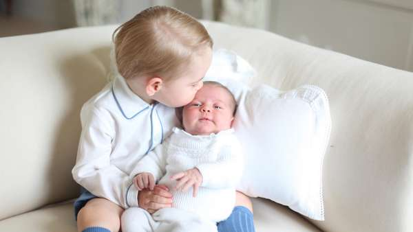 Momen-momen Bahagia Kate Middleton dan Pangeran William di 2015
