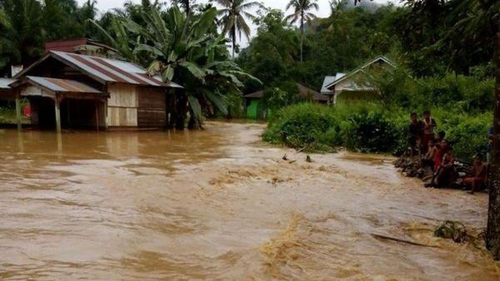 Sungai Batanghari Meluap, 1.479 Rumah di Jambi Terendam Banjir