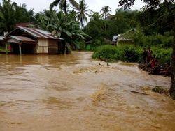 Banjir Rendam 50 Rumah Warga dan 1 Sekolah di Sidrap Sulsel