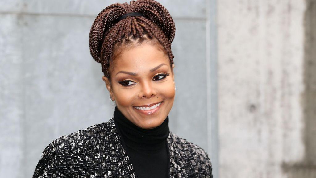 Janet Jackson Melahirkan Anak Pertama di Usia 50