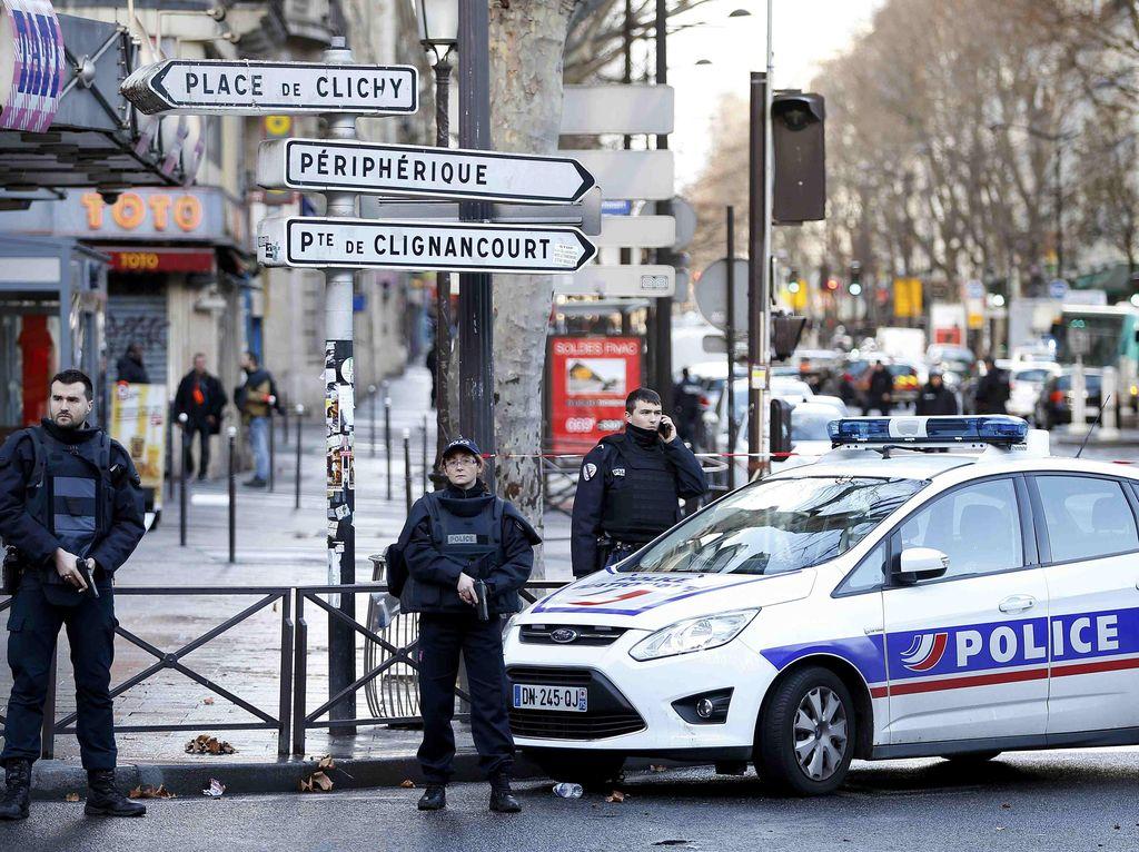 Kerabat Pelaku Pembantaian Charlie Hebdo Ditangkap Saat Akan ke Suriah