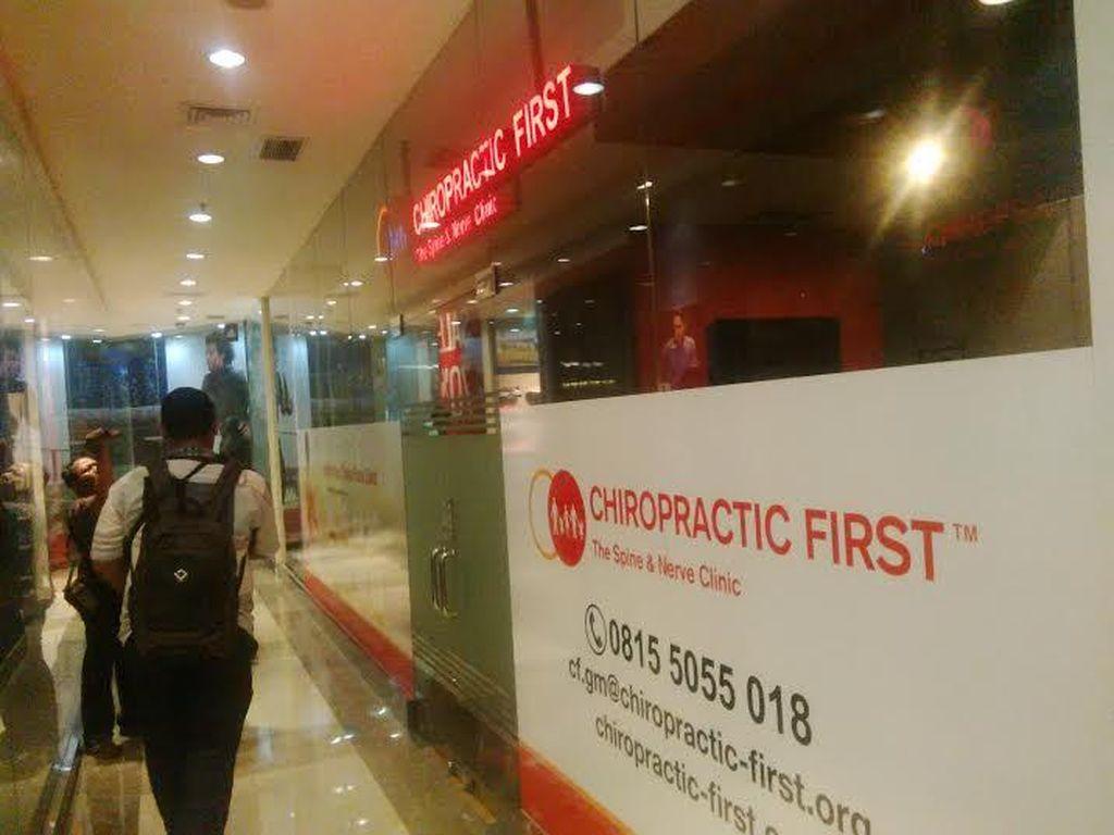 Polda Metro Tahan 2 WN Australia Terkait Praktik Ilegal Chiropractic