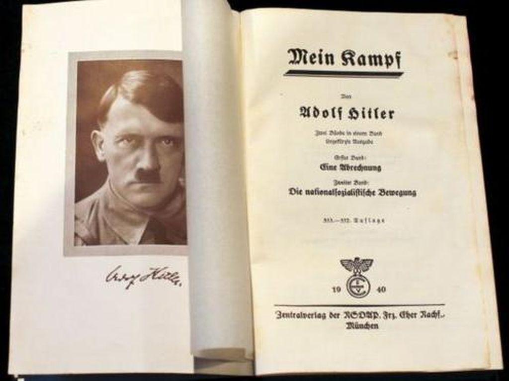 Bagikan Mein Kampf Hitler, Media Milik Saudara Silvio Berlusconi Dikecam