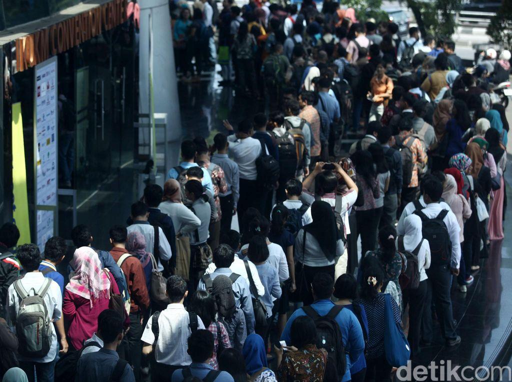 Pengangguran RI 6,87 Juta Orang, Paling Banyak Lulusan SMK