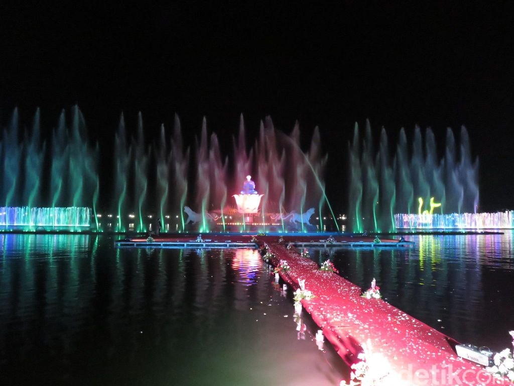Yang Dicari di Purwakarta, Taman Air Mancur Sri Baduga