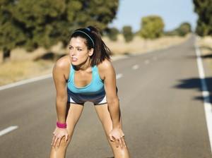 7 Tips Tetap Nyaman Olahraga Saat Menstruasi