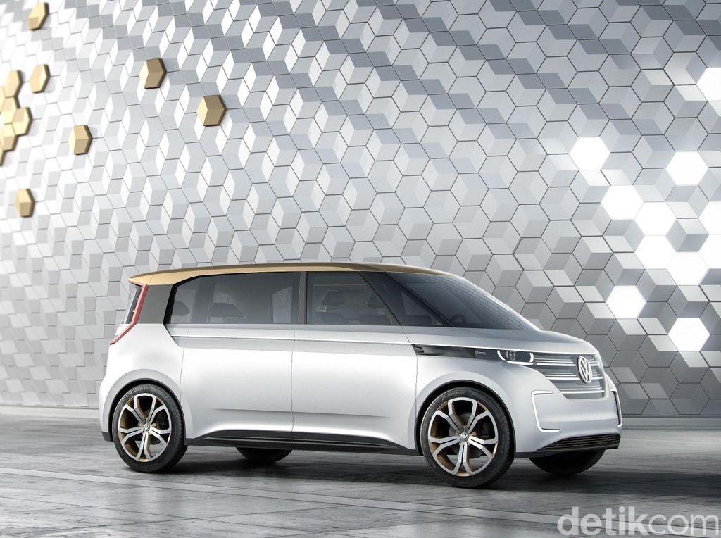 Gandeng Produsen Robot, VW Bikin Robot untuk Bantu Mobil Listrik