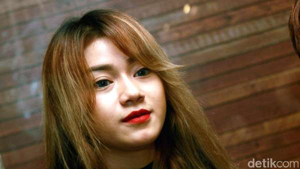 Dara, Cantik-cantik Kok Jomblo?