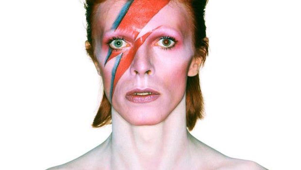 Potongan Rambut David Bowie Sepanjang 2 Cm Laku Dilelang Rp 250 Juta