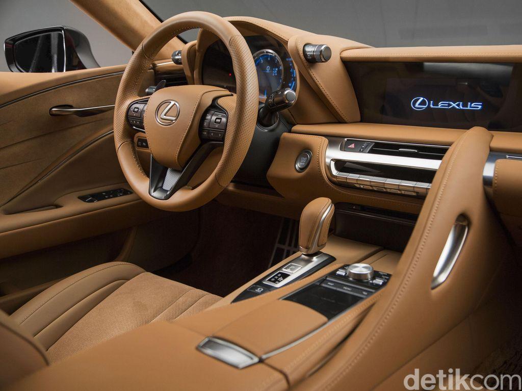Coupe Mewah Lexus LC 500