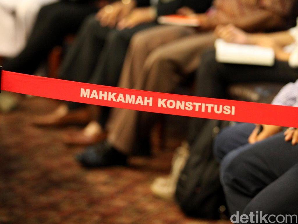 Farouk Muhammad Minta Caleg di NTB yang Pakai Foto Editan Tak Diloloskan
