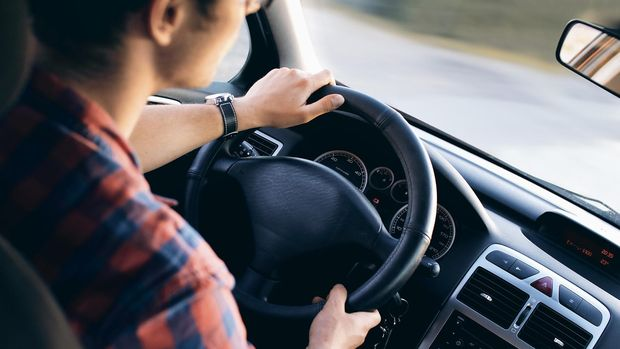 Ilustrasi pengemudi mobil