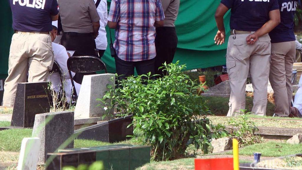 Polisi Bongkar Kuburan Allya untuk Autopsi