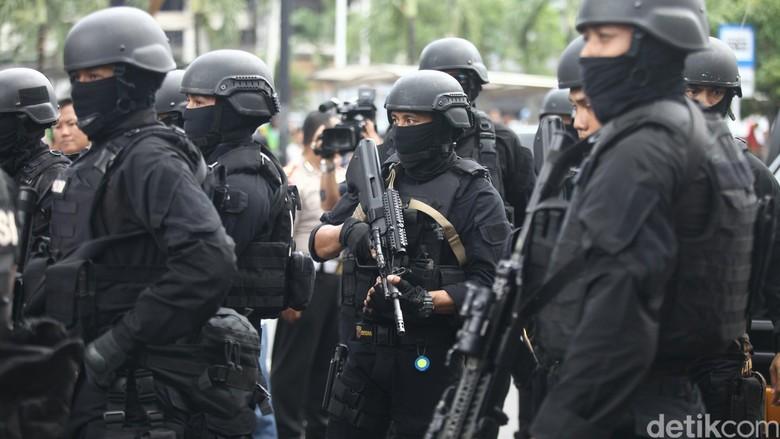 3 Terduga Teroris Ditangkap di Temanggung, Uang Rp 28 Juta Disita