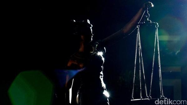 patung dewi keadilan, Dewi Themis yang menjadi simbol keadilan