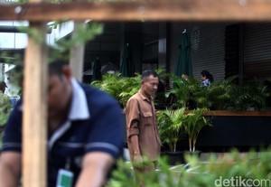 Seng di Gerai Starbucks Dibongkar