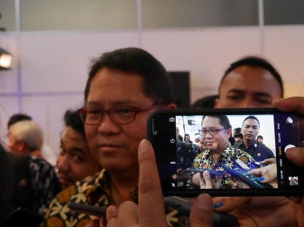 Menkominfo Tak Lagi Beri Izin TV & Radio di Jawa