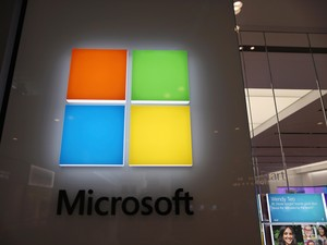 Bangun Data Center di RI, Microsoft Bisa Cetak Uang Rp 88 T