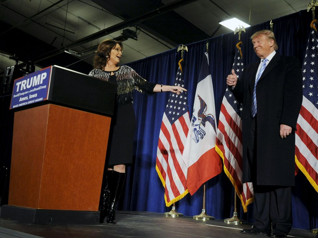 Si Cantik Sarah Palin Nyatakan Dukungan untuk Donald Trump