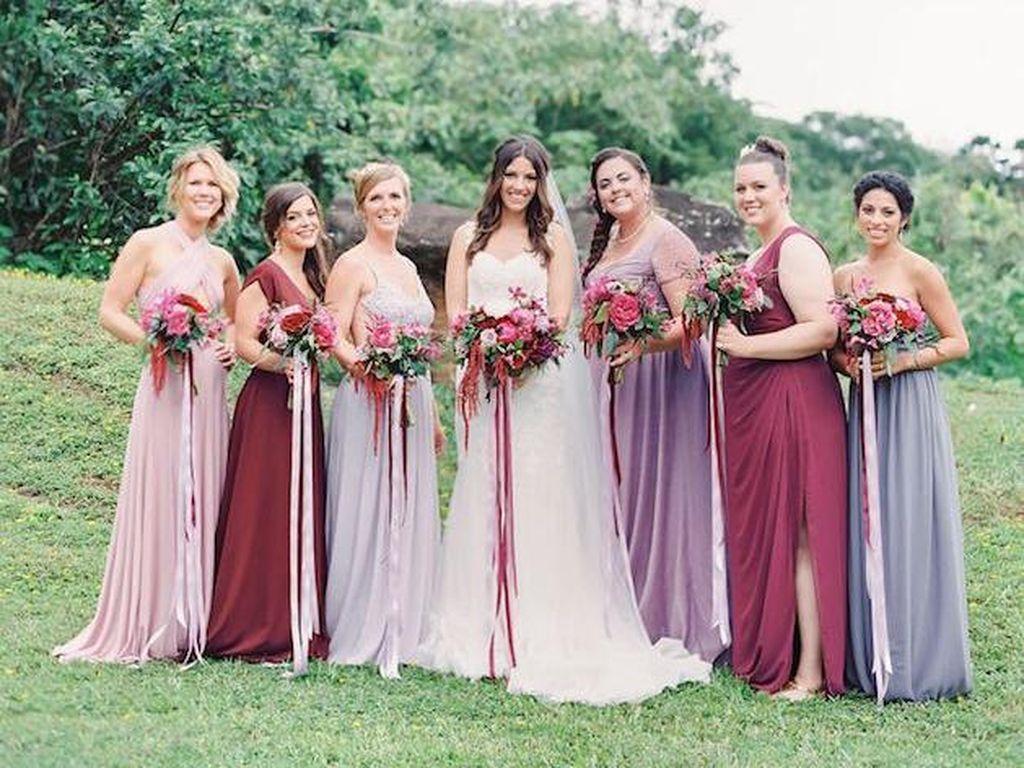 Agar Bujet Nikah Tak Terkuras Karena Seragam Bridesmaid & Bridal Shower