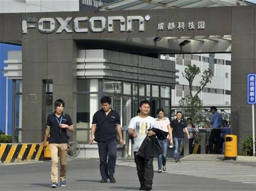 Foxconn Dapat Lampu Hijau Produksi iPhone Lagi