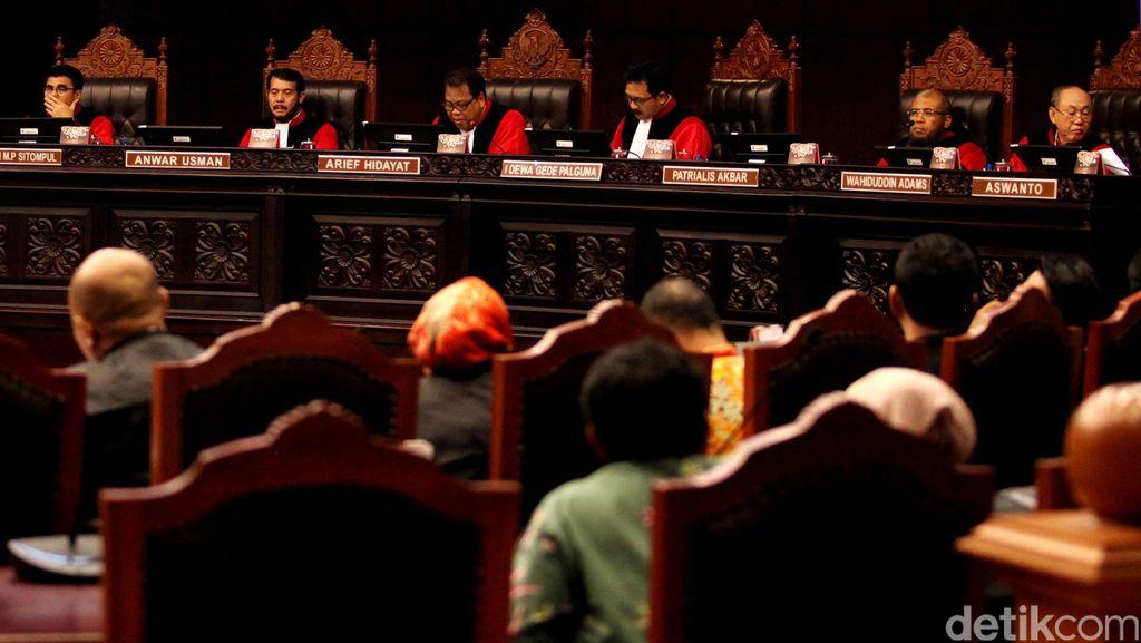 MK Bacakan Putusan Sela untuk 26 Sengketa Pilkada