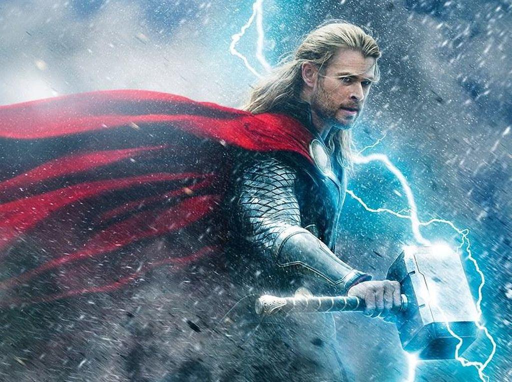 Duel Hulk dan Thor di Gambar Konsep Thor: Ragnarok