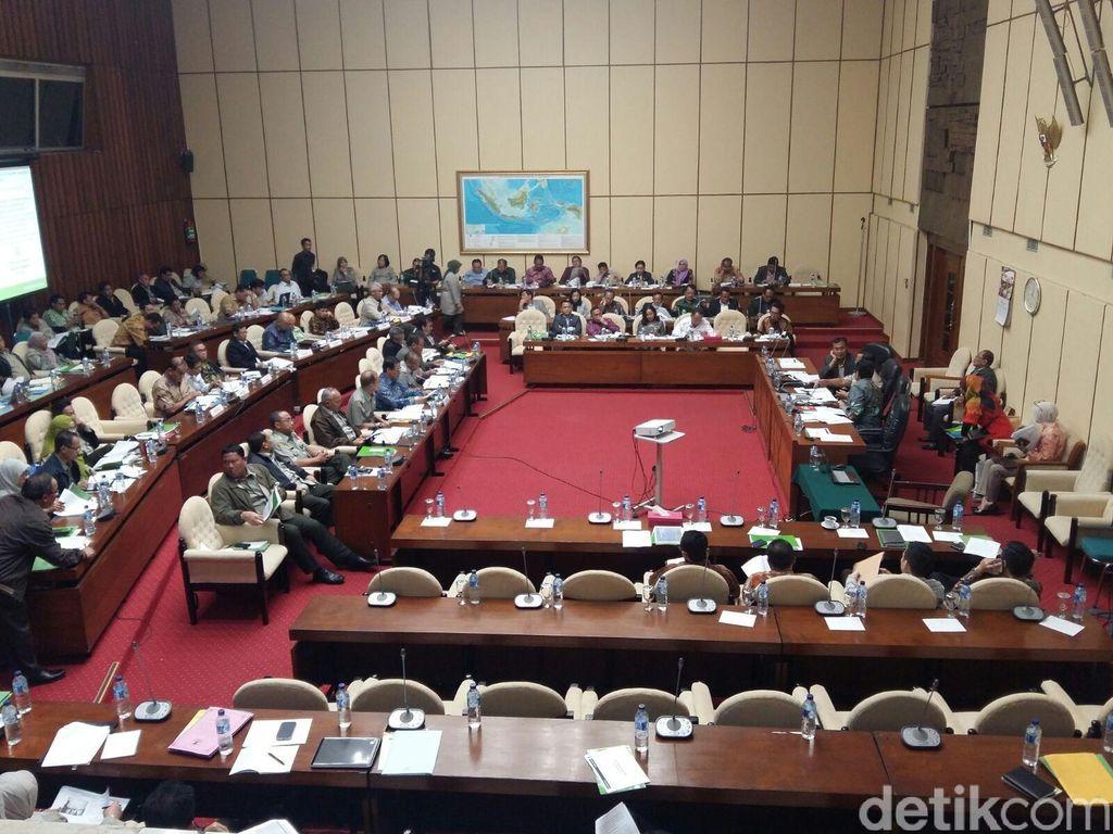 Dikhawatirkan Jadi Seperti Sanusi, Komisi IV DPR: Ahok Jangan Menuduh