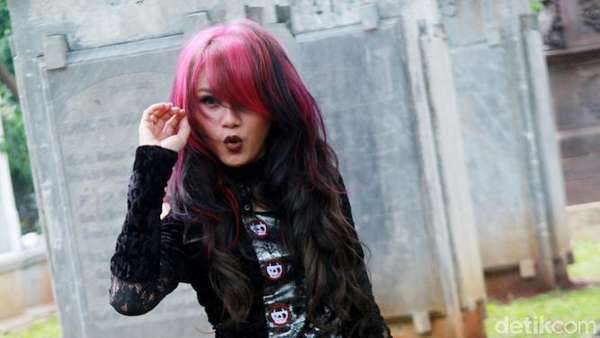 Dara The Virgin Gothic Banget, Yay or Nay?