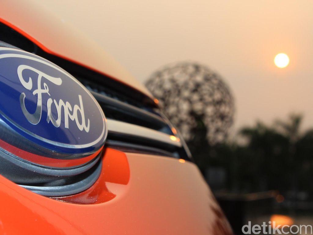 Satu Pekerja Positif Corona, Ford Karantina 30 Karyawan