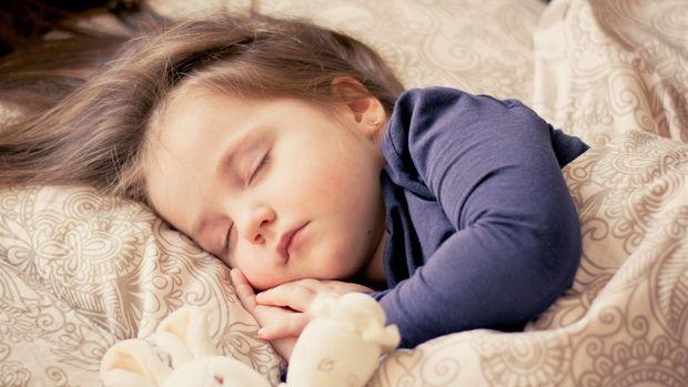 Ilustrasi Anak Tidur
