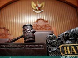 Bikin Ujaran Kebencian Soal Ibunda Jokowi Wafat, Warga Bekasi Dibui 18 Bulan