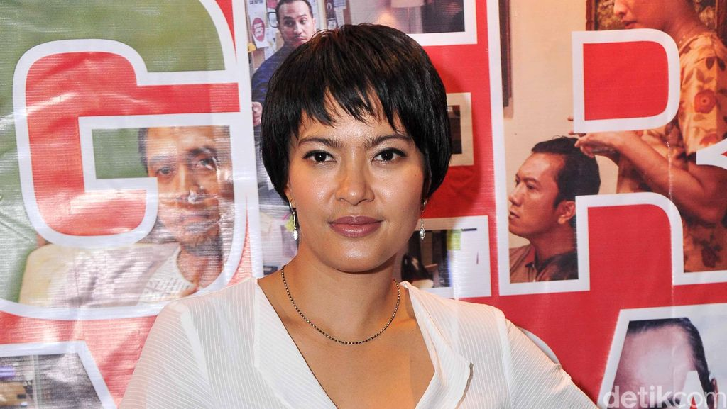 Cerita 4 Bintang Film Jingga Berperan Tunanetra