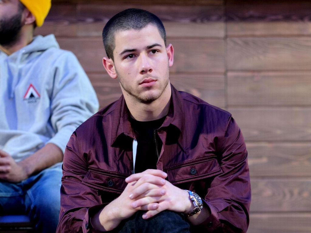 Nick Jonas Dipegang-pegang Saat Konser, Fans Ingatkan Soal Pelecehan Seksual
