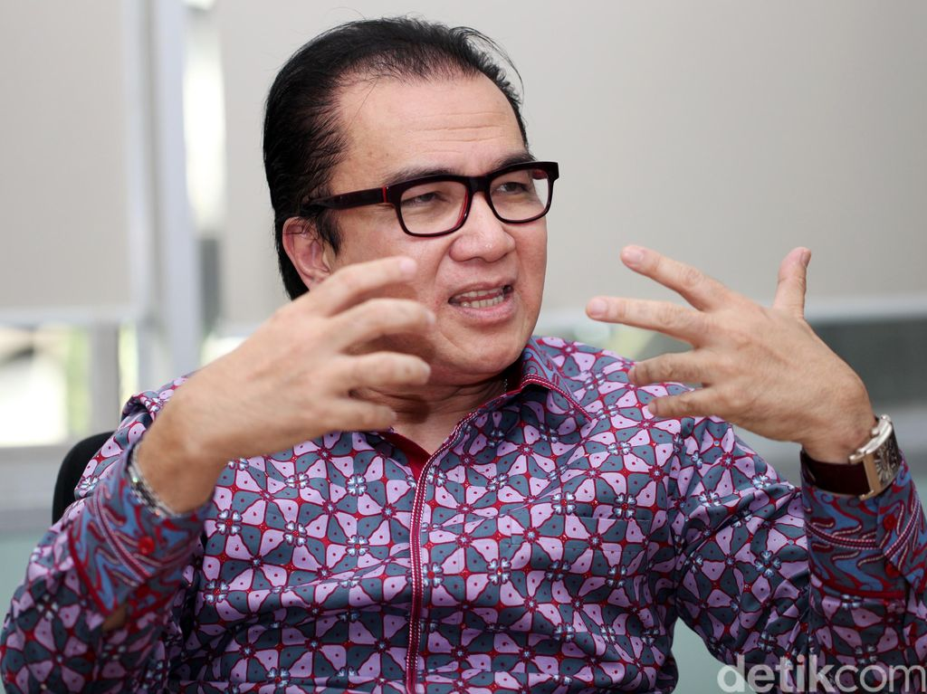Direstui Ical, Tantowi Yahya Pastikan Diri Maju Pilgub Banten