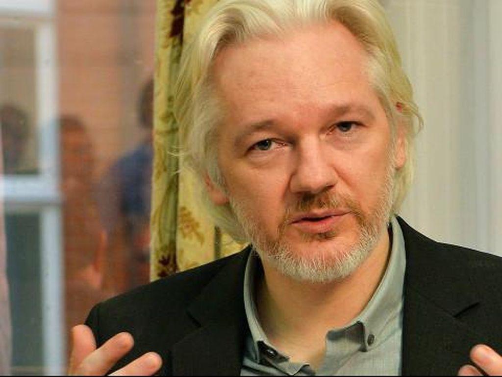 Pendiri WikiLeaks Akan Bocorkan Dokumen Penting Jelang Pilpres AS