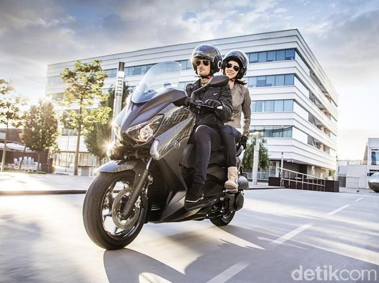 Skutik X-MAX ke Indonesia? Ini Jawaban Yamaha