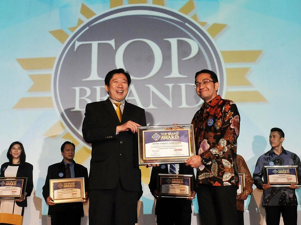 ACC Raih Top Brand Award 2016