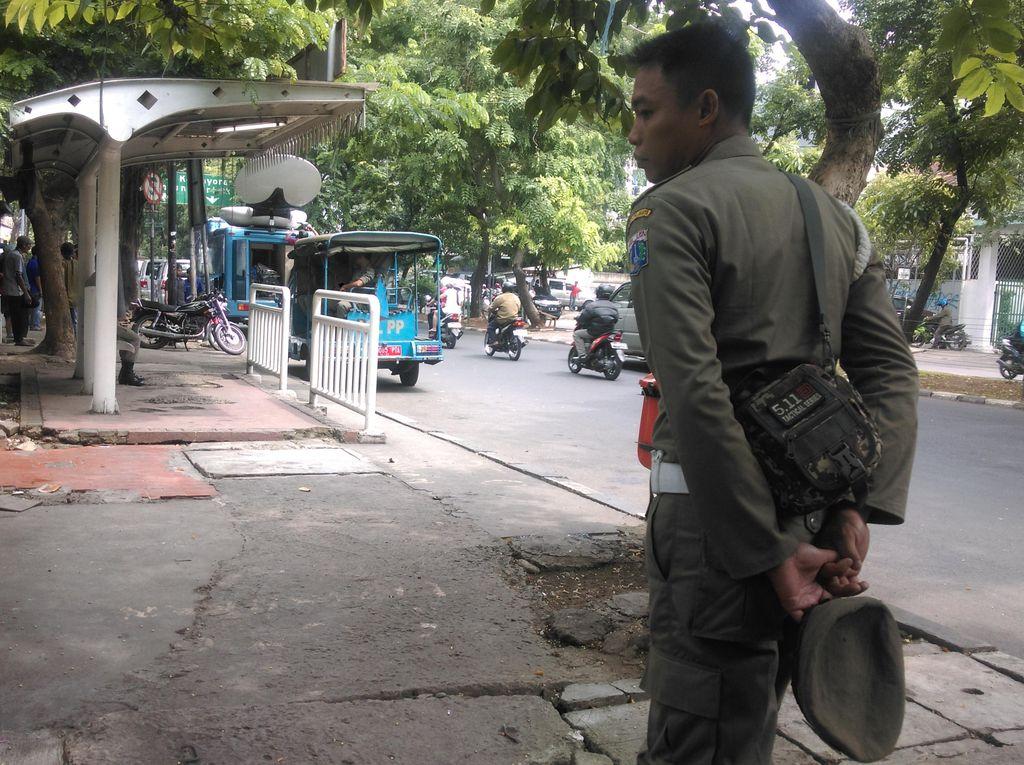 Viral Video Goyang Ubur-ubur, 3 Petugas Satpol PP di Bali Kena Tegur