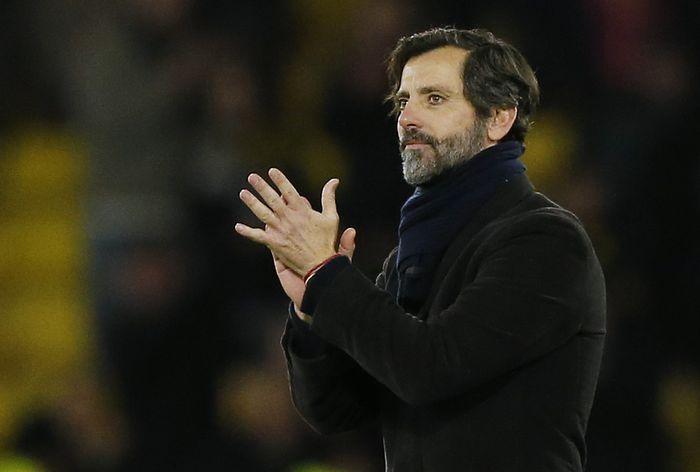 Quique Sanchez Flores sebenarnya baru menukangi Watford pada 6 September lalu, usai ditunjuk menggantikan Javi Garcia. Tapi penampilan Watford ternyata tak juga membaik. Cuma satu kemenangan didapat dari lima pertandingan, sisanya adalah dua hasil imbang dan dua kekalahan. Termasuk digasak Manchester City 0-8. (Reuters / John Sibley)