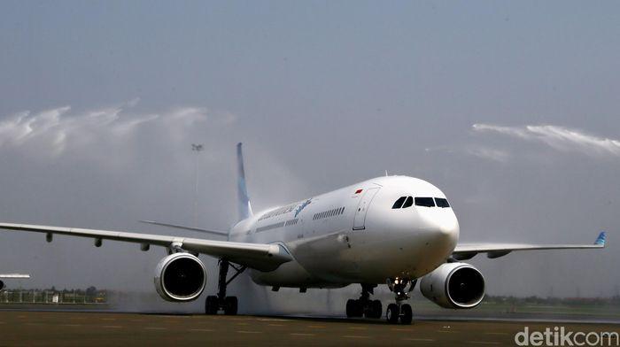terpaksa-transit-jayapura-pesawat-jakarta-makassar-tembus-rp-24-juta