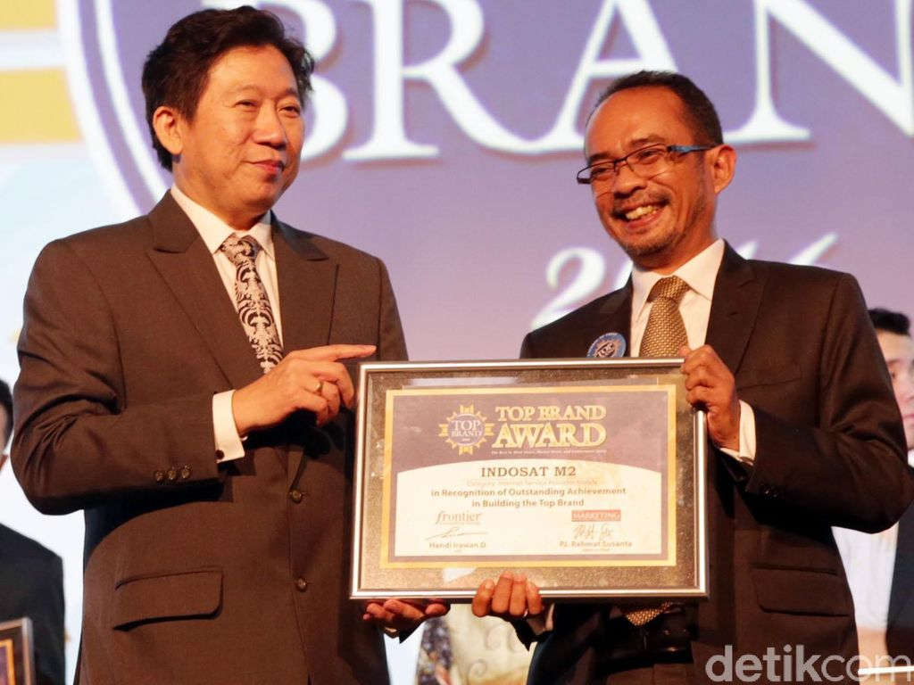 IM2 Raih Top Brand Award 2016