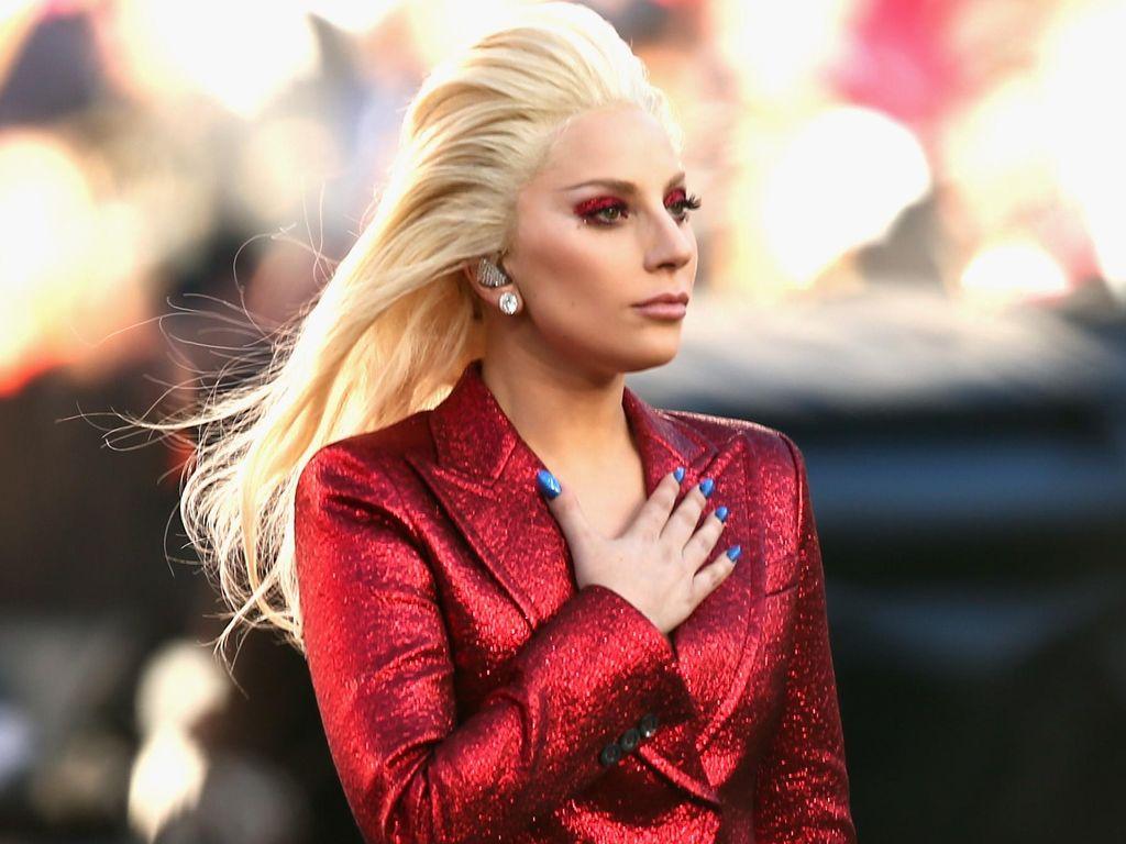 Lady Gaga Ngaku Ingin Bunuh Diri Setiap Hari